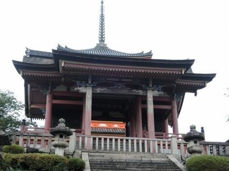 音羽山 清水寺 西門