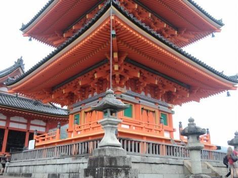 音羽山 清水寺 三重塔